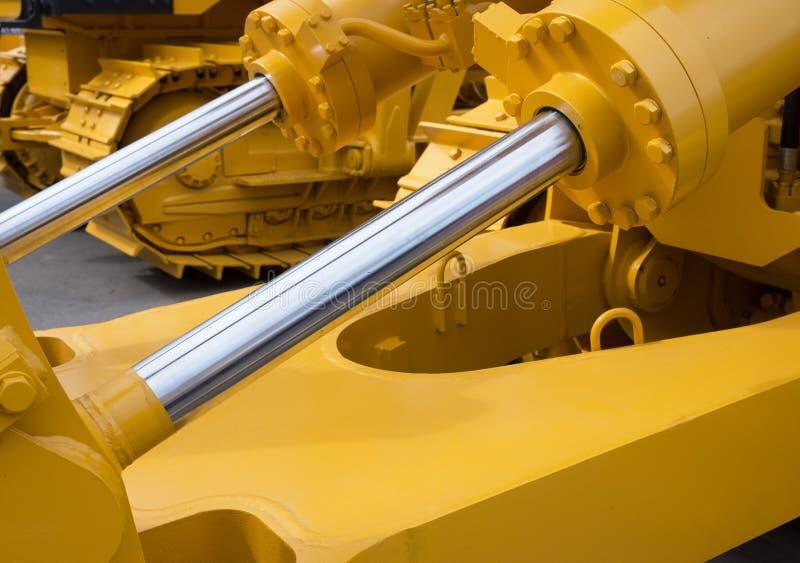 Détail de piston hydraulique de bouteur images stock