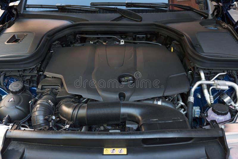 Détail de plan rapproché de nouveau moteur de voiture Transmission de voiture photographie stock