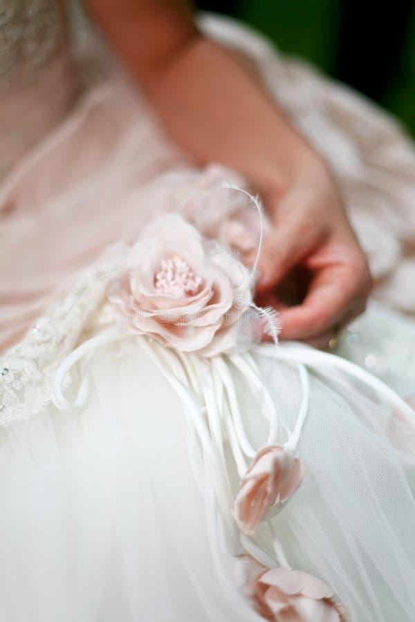 Détail de robe de mariage photos libres de droits