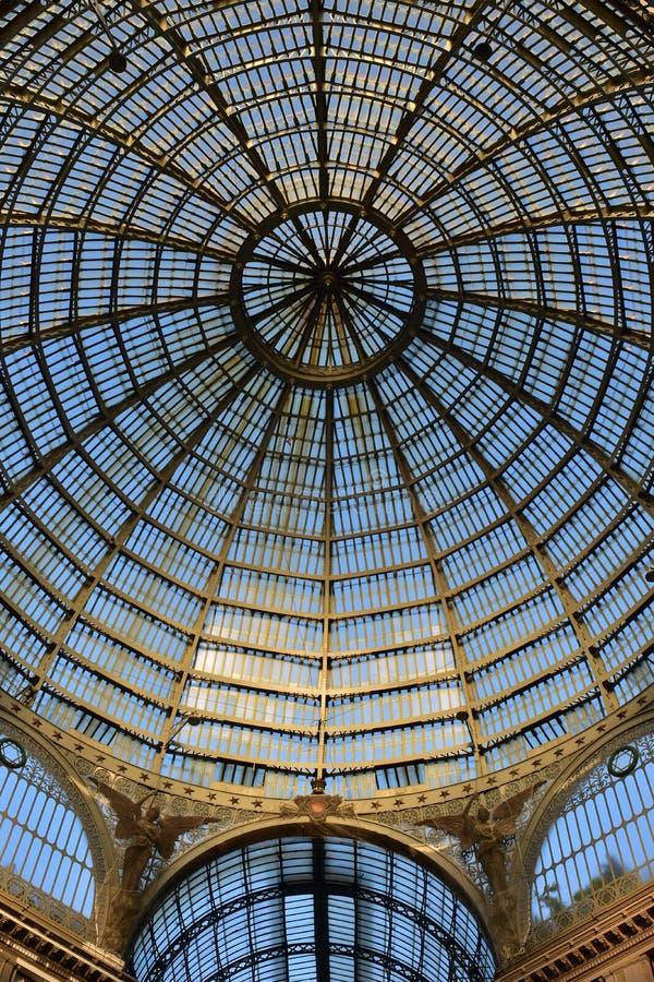 Détail de structure de coupole à Naples image stock