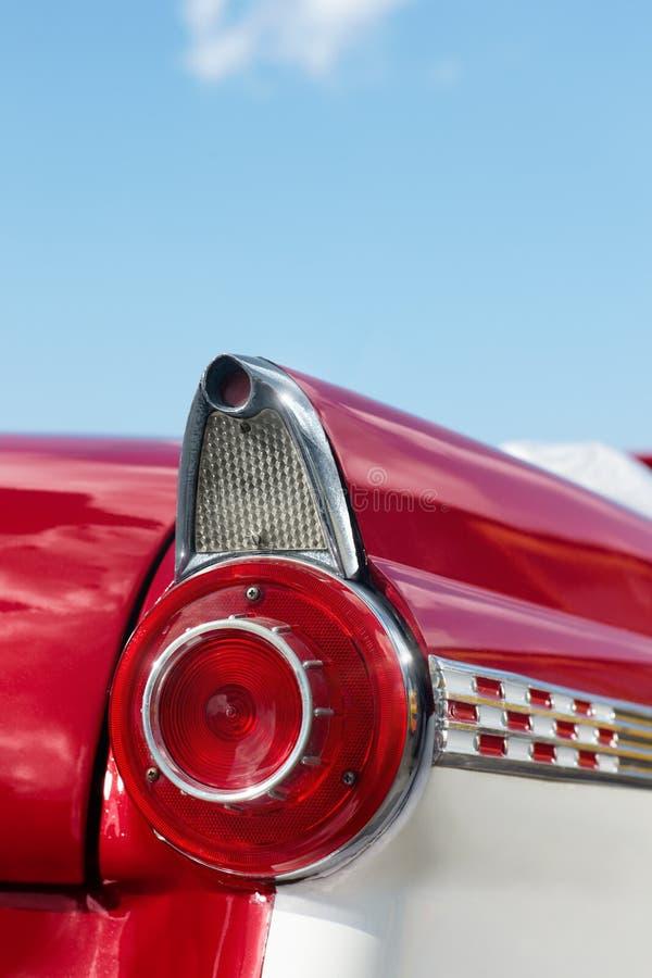 Détail de véhicule rouge de cru de cabriolet photographie stock libre de droits