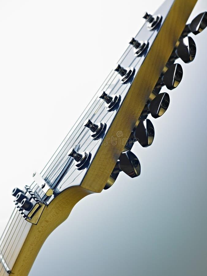 Détail des cordons et des frettes de guitare électrique image stock