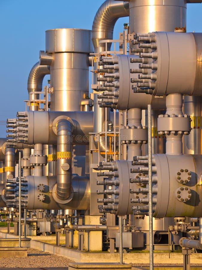 Détail des tuyaux d'industrie chimique images libres de droits