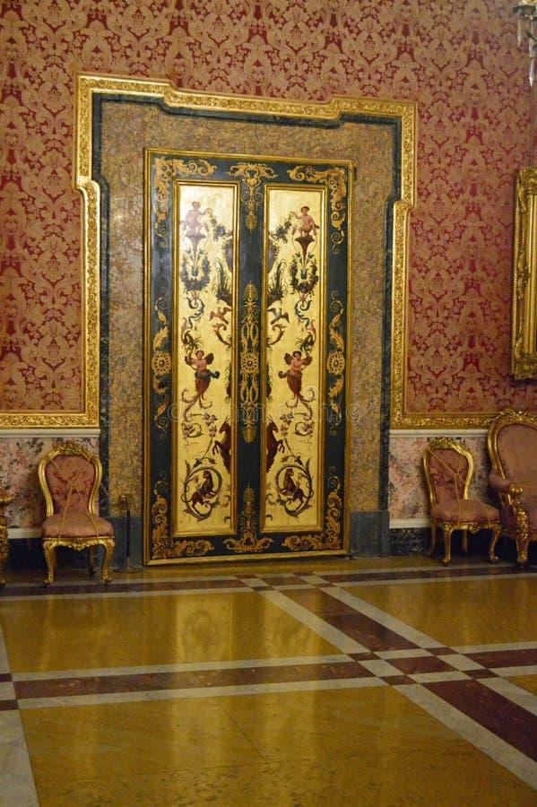 Détail du 16ème siècle d'intérieur de palais royal de ` de Naples photographie stock libre de droits