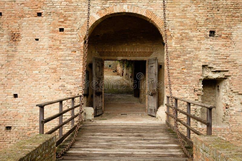 Détail du château célèbre d'Imola en Italie photos libres de droits