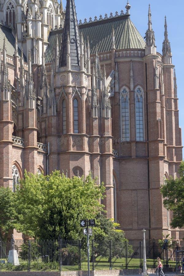 Détail gothique de cathédrale dans le jour ensoleillé photos libres de droits