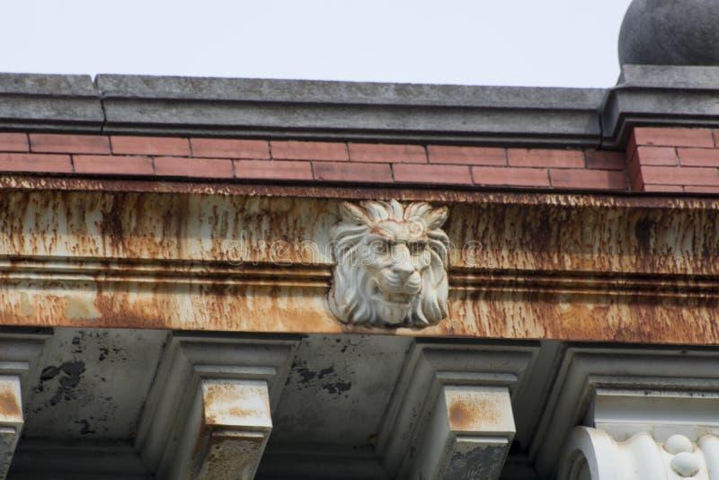Détail principal de bâtiment de lion photo libre de droits