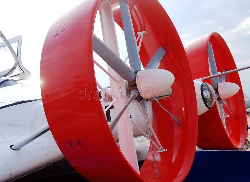 Détail rond rouge de plan rapproché d'avion de propulseur images libres de droits