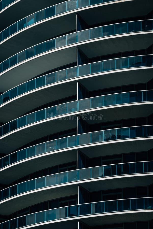 Détails architecturaux modernes à Rosslyn, Arlington, la Virginie photographie stock libre de droits