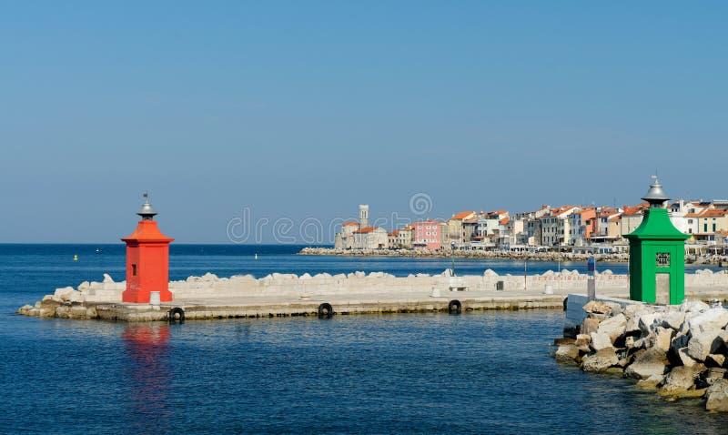 Détails colorés d'architecture au port de Piran image stock