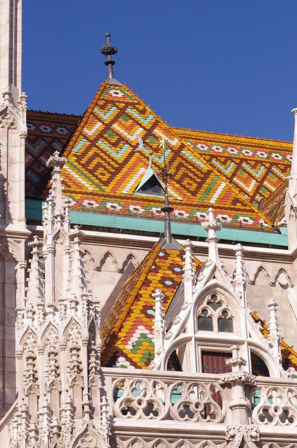 Détails d'église de Matthias sur le toit photo libre de droits