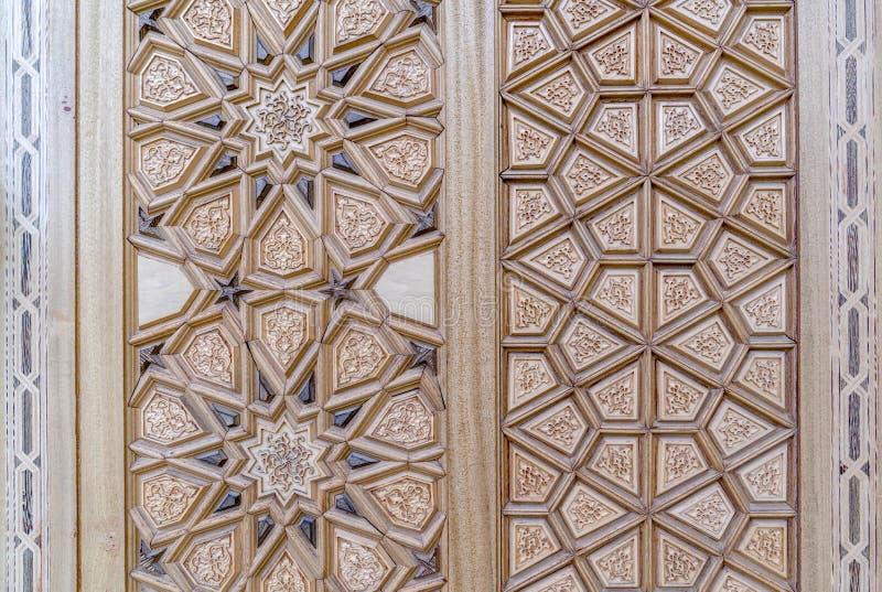 Détails d'un art de découpage en bois fin sur la porte un art et un métier islamiques, Ankara, Turquie images libres de droits