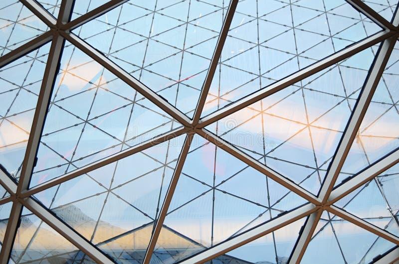 Détails d'un intérieur de l'immeuble de bureaux moderne photos libres de droits