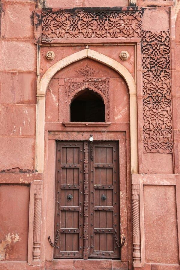 Détails d'un palais, fort d'Âgrâ, Inde photos libres de droits