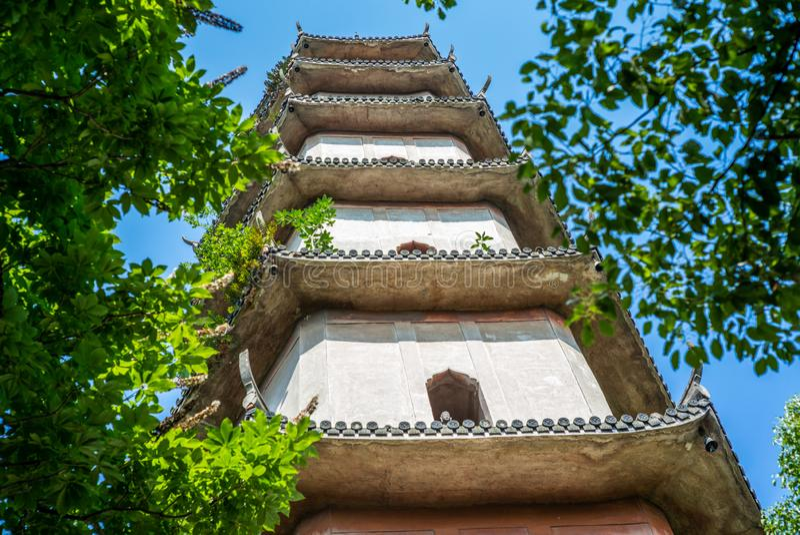 Détails de la pagoda occidentale sur l'île de Jiangxin dans Wenzhou en Chine - 1 images libres de droits
