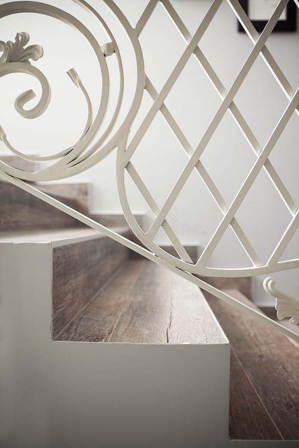 Détails des escaliers décoratifs photo libre de droits