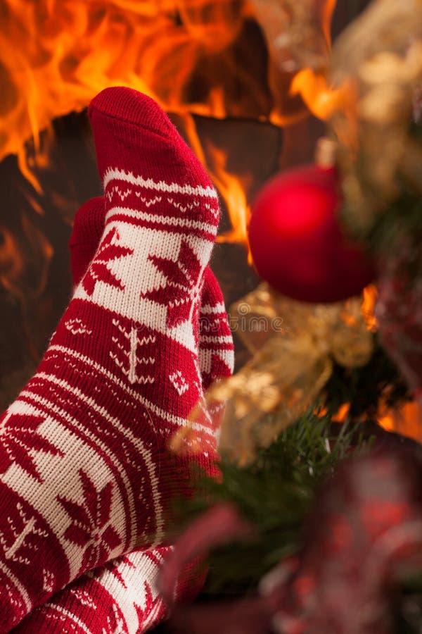 Détendez dans l'ambiance de Noël. photographie stock libre de droits