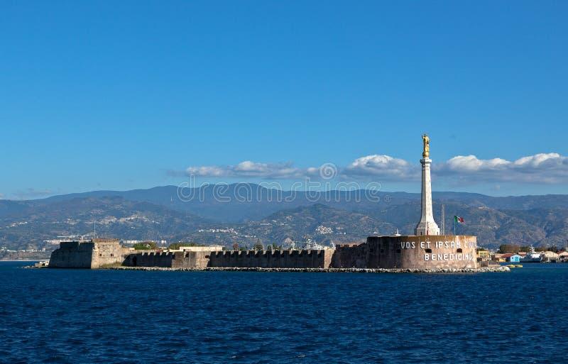 Détroit Messine Calabre, Sicile, Italie de mer photo stock