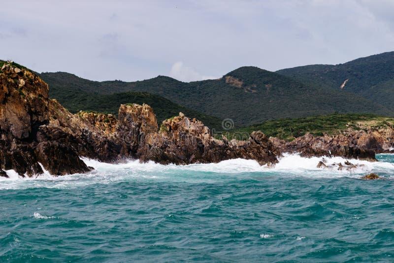 Día claro maravilloso en el mar foto de archivo
