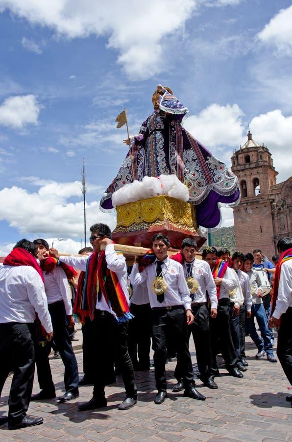 Download Día De Fiesta Religioso En Cuzco, Perú Fotografía editorial - Imagen de virginal, trajes: 64208757