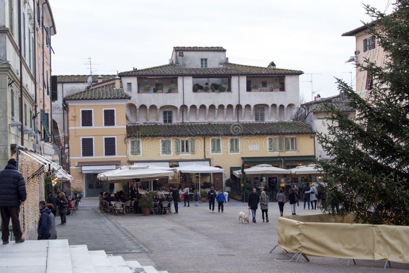 Día de invierno en diciembre en Pietrasanta foto de archivo libre de regalías
