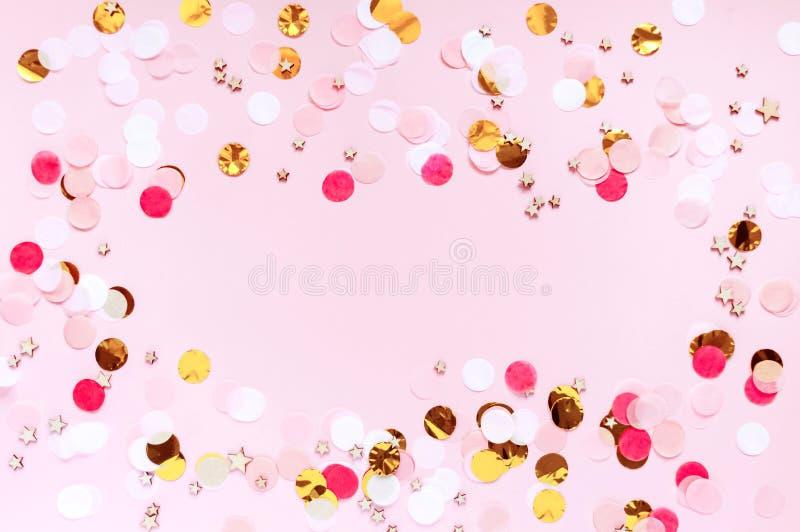 Día de San Valentín, fondo de saludo rosado del amor El plano pone con el modelo de punto colorido fotos de archivo