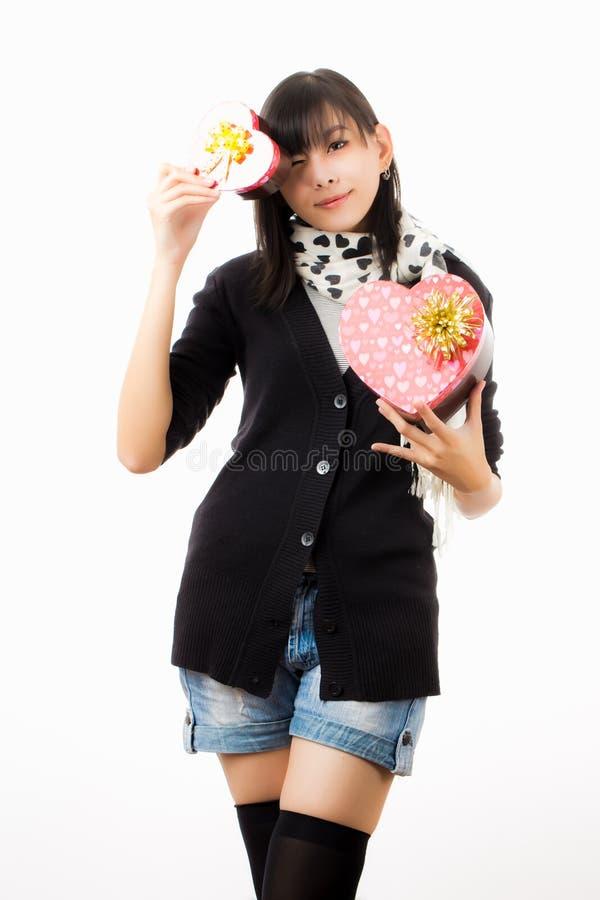 Día de tarjetas del día de San Valentín asiático de la mujer imagen de archivo libre de regalías