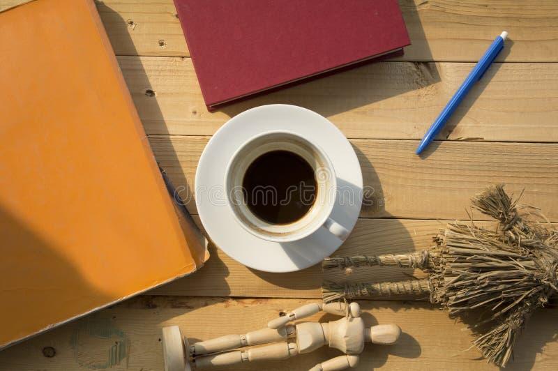Día laborable con café imágenes de archivo libres de regalías