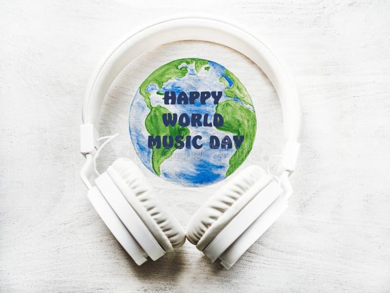 Día Mundial de la Música Tarjeta de felicitación Cerrar imagen de archivo libre de regalías
