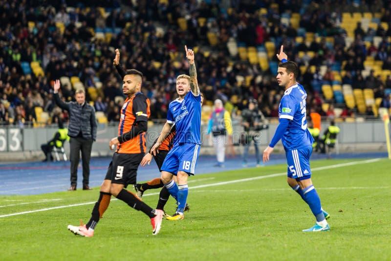 Dínamo ucraniano Kyiv - Shakhtar Donetsk, O del partido de liga primera fotografía de archivo