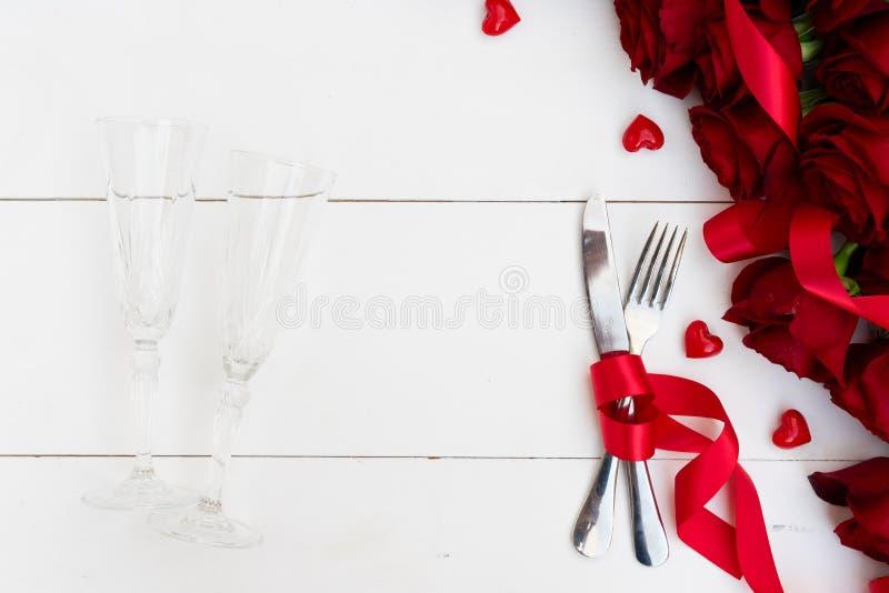 Dîner de jour de valentines photo stock