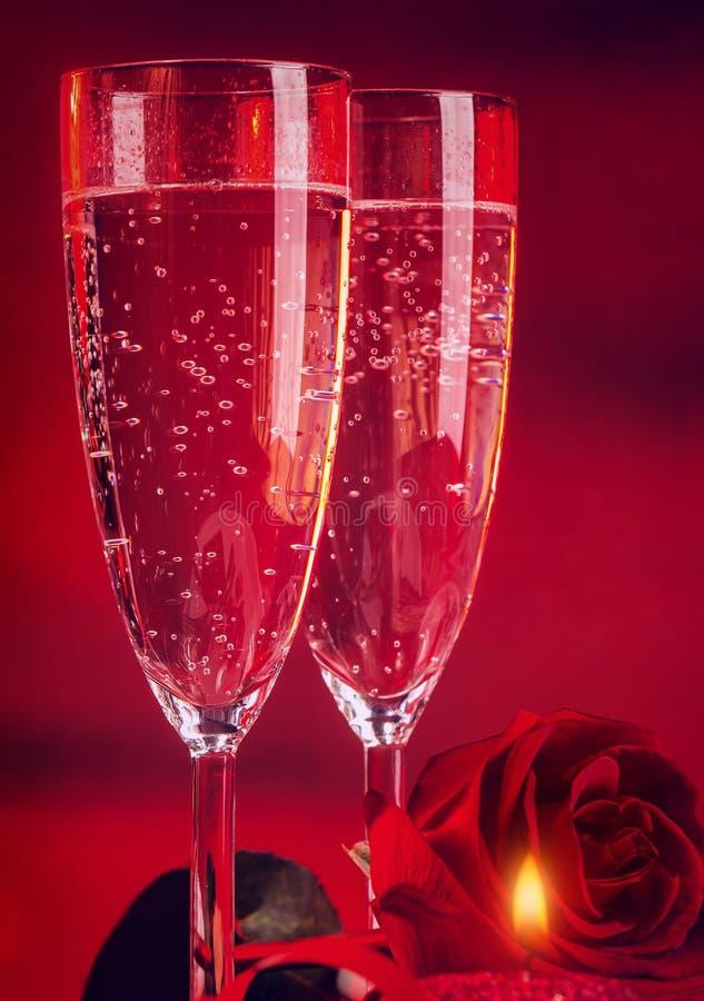 Dîner romantique de Saint Valentin photographie stock libre de droits