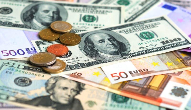 Dólar e euro- fundo do dinheiro da nota de banco fotos de stock royalty free