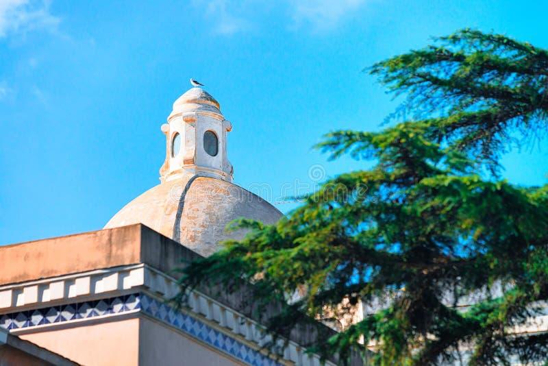 Dôme d'église de Santo Stefano en île de Capri photos libres de droits