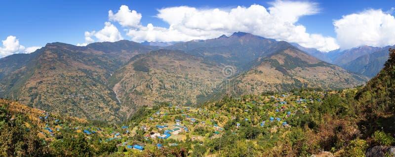 Dörfer Gudel und des Pfropfens, Nepal-Himalaja stockbilder