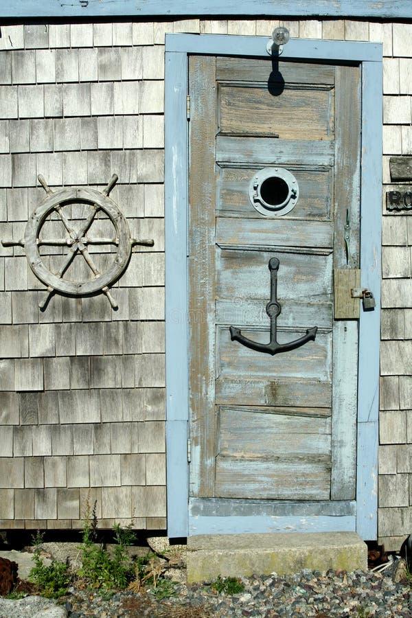 dörröppningssjösida arkivfoton