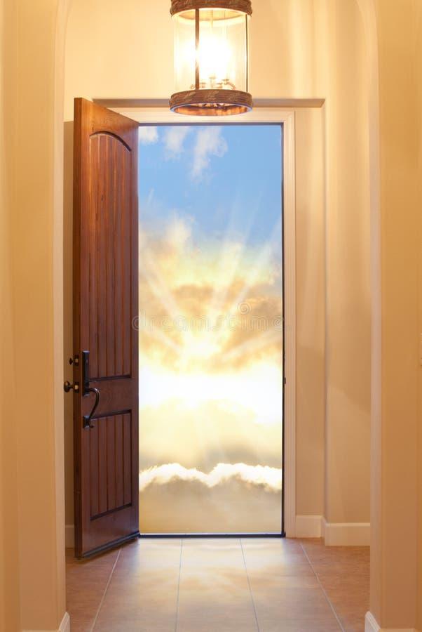 dörr heavenly royaltyfria foton