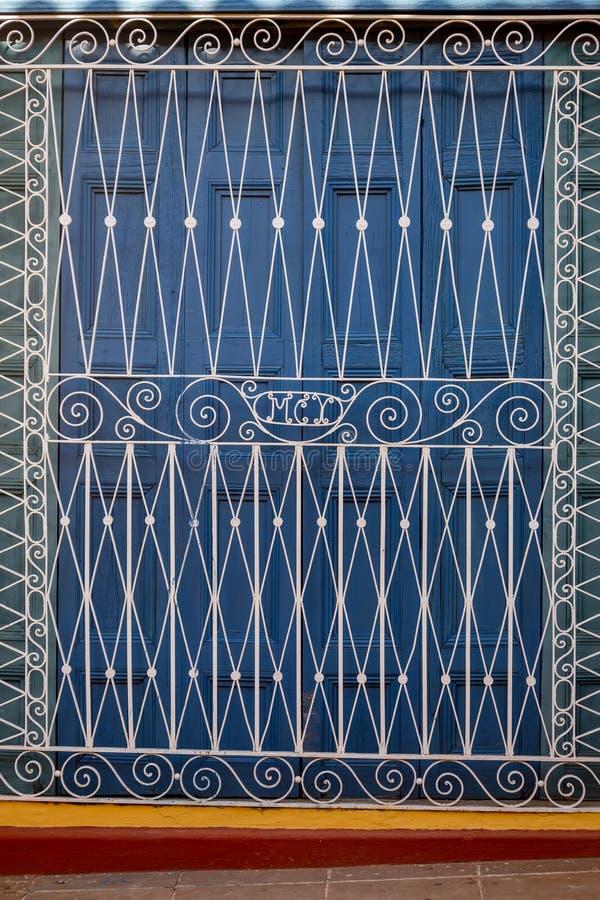 Dörr i Trinidad Cuba arkivfoto