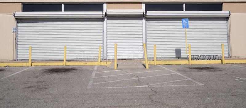 Dörrar för inbrott för bur för stålrulle royaltyfria foton