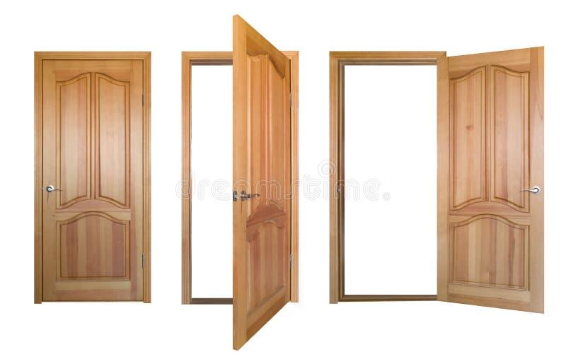 dörrar isolerade trä royaltyfri foto