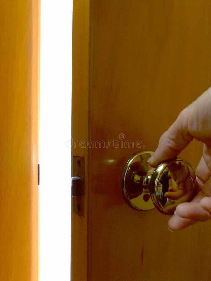 dörrlampa som öppnar till royaltyfri fotografi