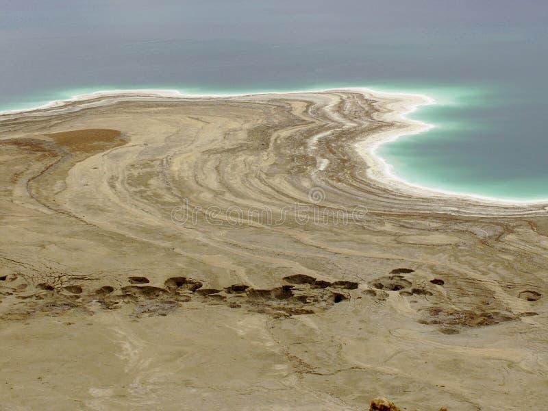Dött hav från ovannämnt med sinkholes arkivbilder