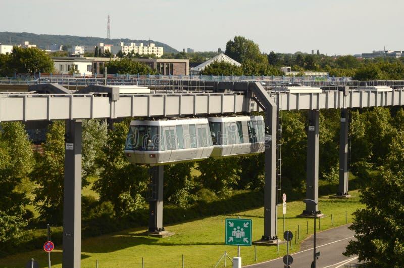 Düsseldorf SkyTrain royaltyfri fotografi