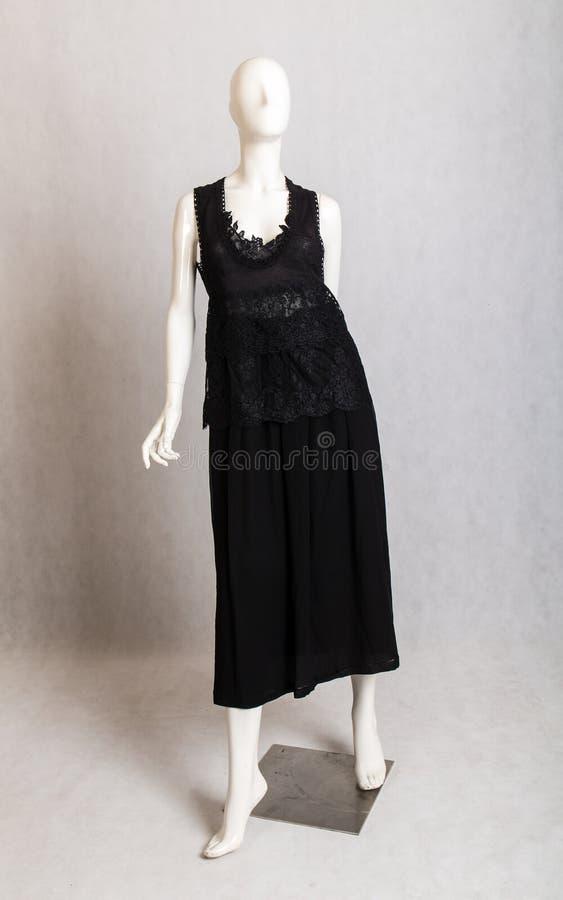 Długa czerni suknia zdjęcia royalty free