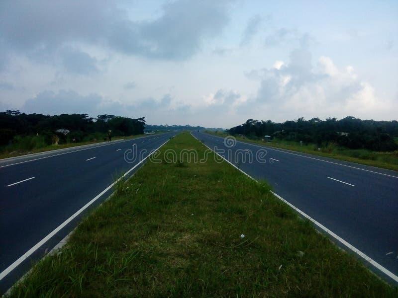 Długa Droga w światowym czyści pogodę obrazy stock