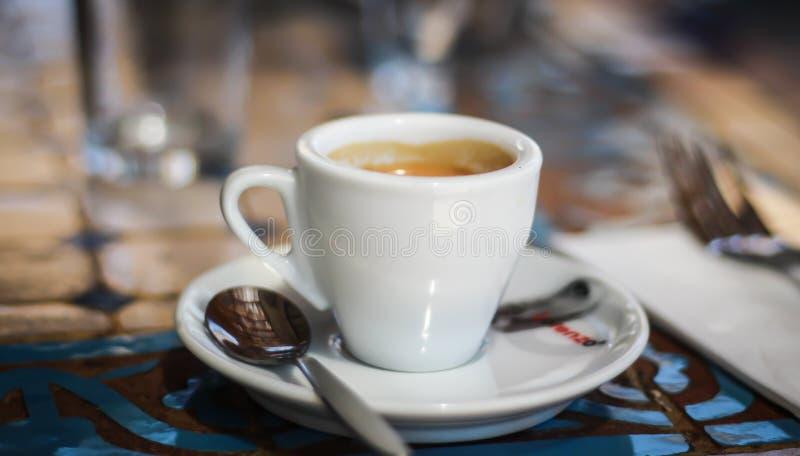 Długa kawy espresso filiżanka obrazy stock