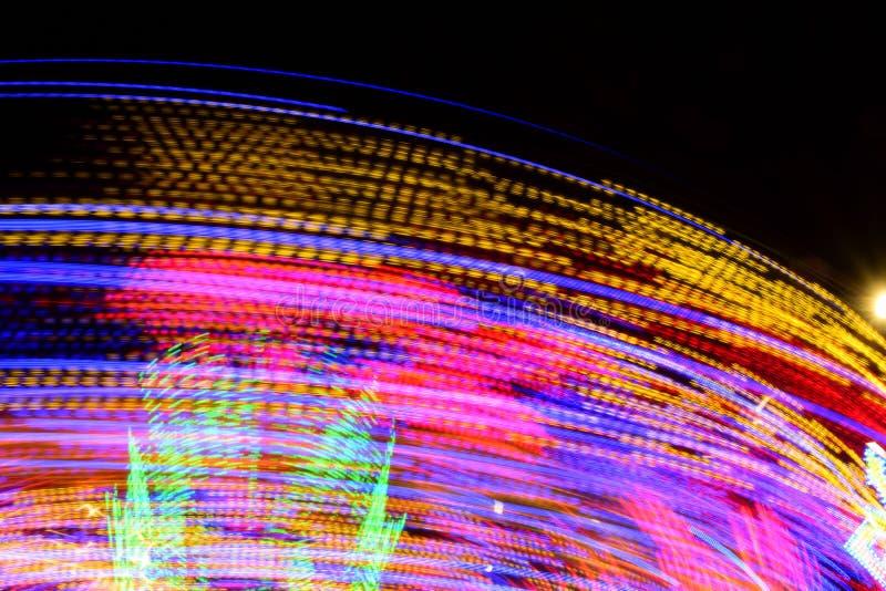 Długa ujawnienie fotografia Abstrakcjonistyczna fotografia carousel ruchy i światła, UK zdjęcie stock