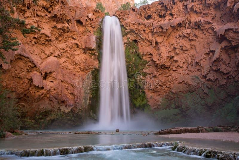 Długi ujawnienie Grand Canyon siklawy Mooney spadki fotografia stock