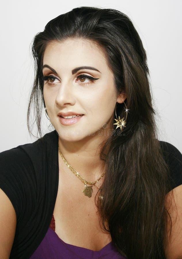 Długie włosy piękny makeup dziewczyny brązu makeup wyrażenie zdjęcia royalty free