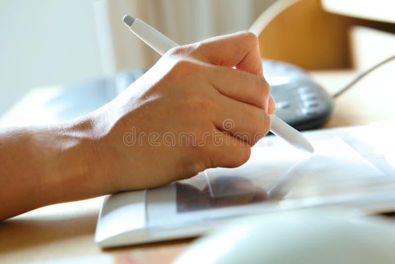 długopisy stylus ręce gospodarstwa zdjęcia stock